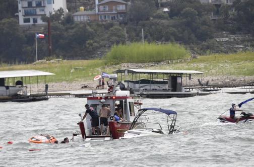 SSC资讯-尴尬!川普支持者举行游船活动 多艘船突然沉没
