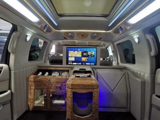 商务房车凯迪拉克总统一号5.98米天津