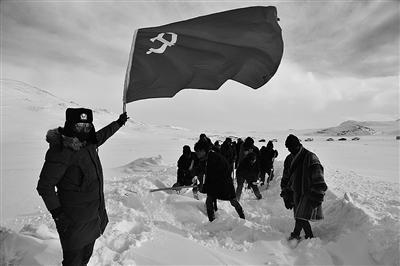 齐心协力抗击雪灾