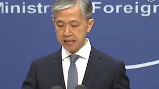 外交部:美军今年冒用他国民航代码对中国抵近侦察上百次