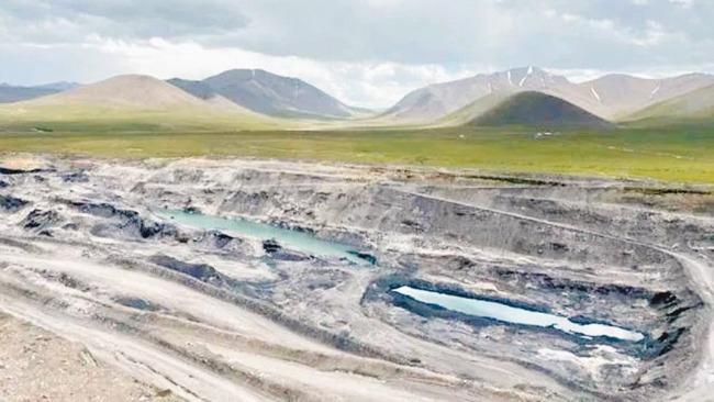 """祁连山盗采背后:千亿煤矿权益被指""""一女二嫁""""引15年诉讼"""