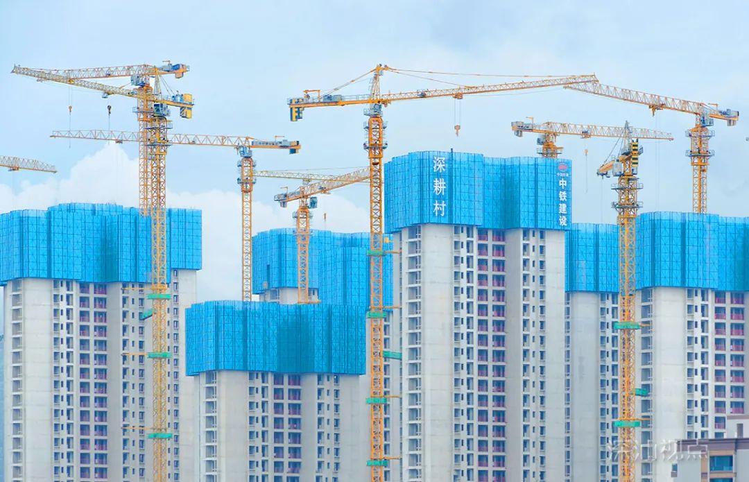 深汕合作区首个人才公共住房项目全面封顶