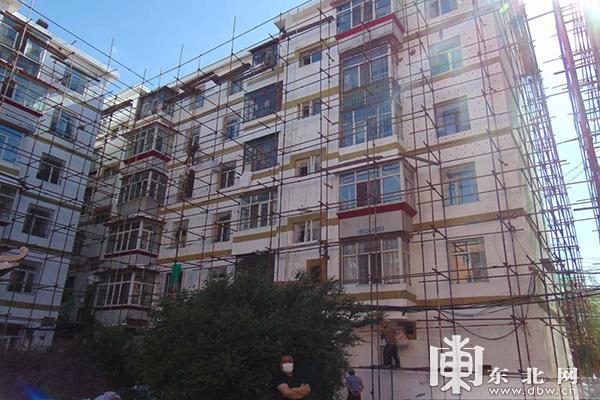 香坊区13个老旧小区改造项目进展顺利。