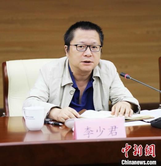 《诗刊》社主编、《中华辞赋》编委会主任李少君。 史家昌 摄