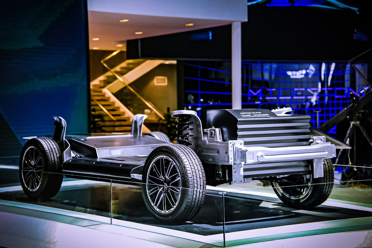MILESTONE概念车全球首发 观致汽车携全新技术与产品亮相北京车展