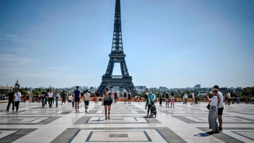 【精品优化培训公司】_埃菲尔铁塔附近收到炸弹威胁,巴黎警方紧急疏散人群
