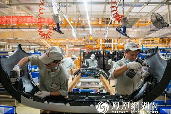 9月22日,长沙经开区,广汽三菱生产车间
