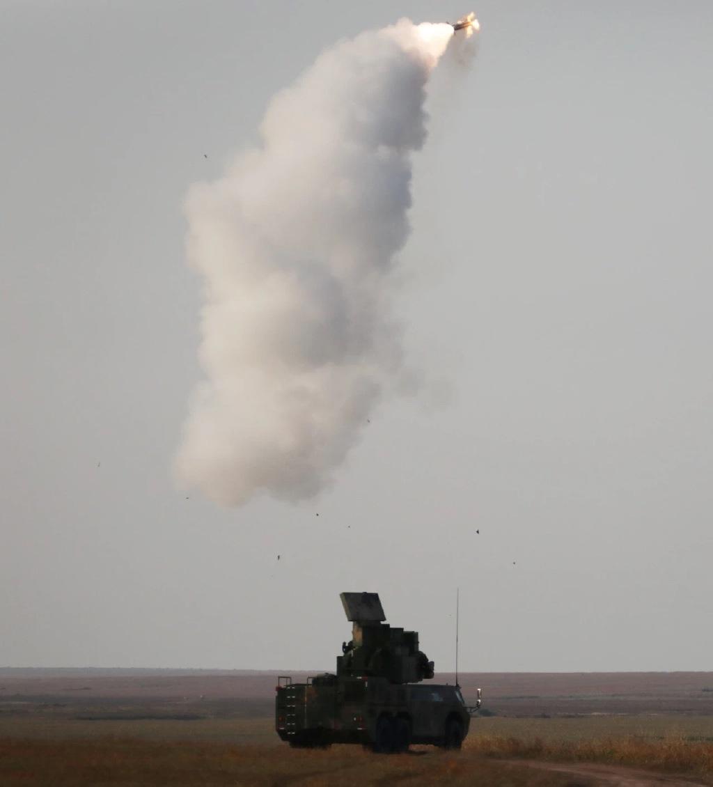 新导弹新迷彩!78集团军某合成旅举行防空演练
