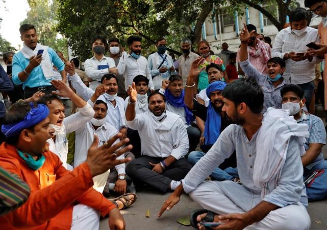 【亚洲天堂是什么意思】_19岁女孩被高种姓男子轮奸虐待致死,印度爆发抗议