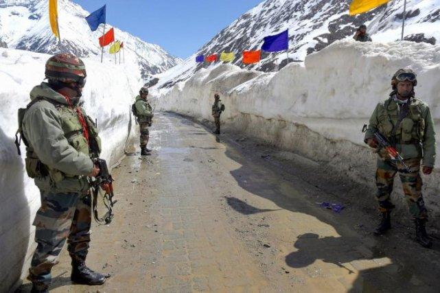 印前军长揭露拉达克地区印军困境:条件恶劣、缺医少药、没水没粮