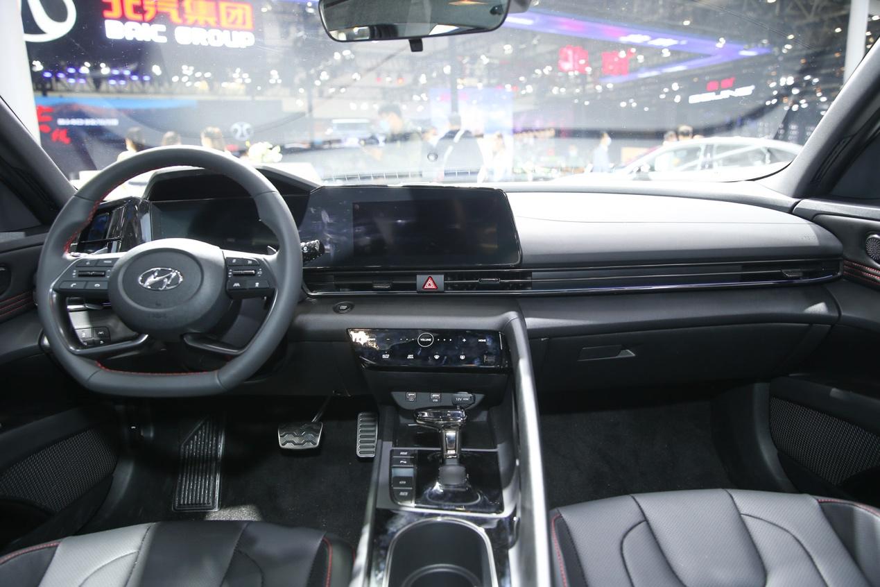 2020北京车展:全新伊兰特正式开启预售(图3)