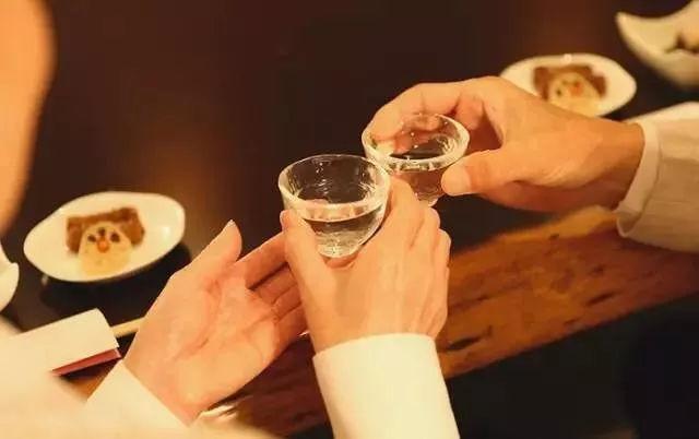 国庆假期聚会扎堆,场合不同酒不同,这样选准没错