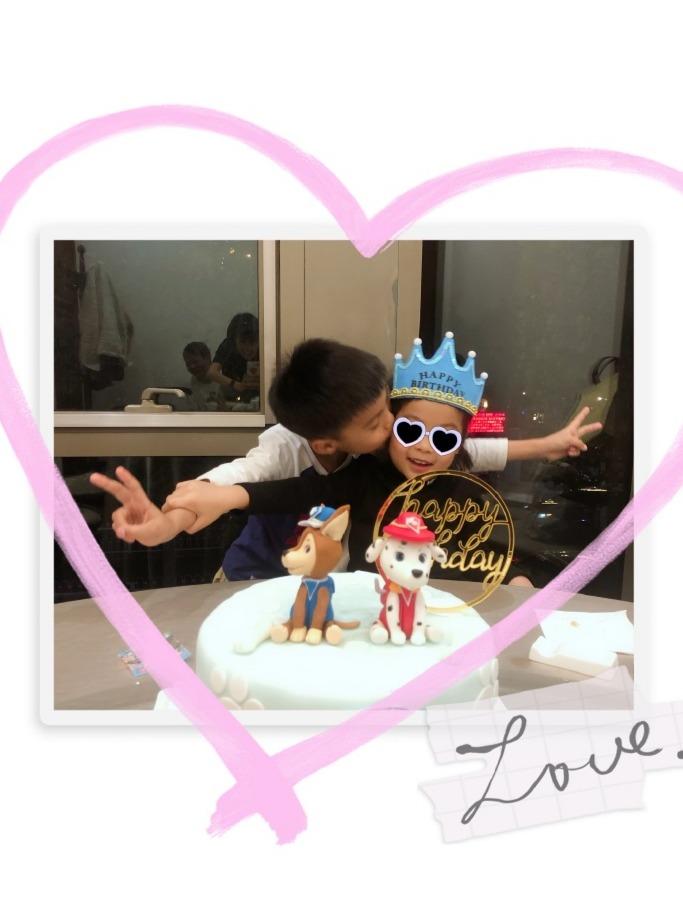 乔振宇女儿四岁生日,父母未出镜但获7岁哥哥亲亲