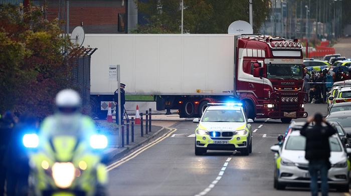 【王通亚洲天堂】_英国开始庭审埃塞克斯郡集装箱货车39人死亡惨案