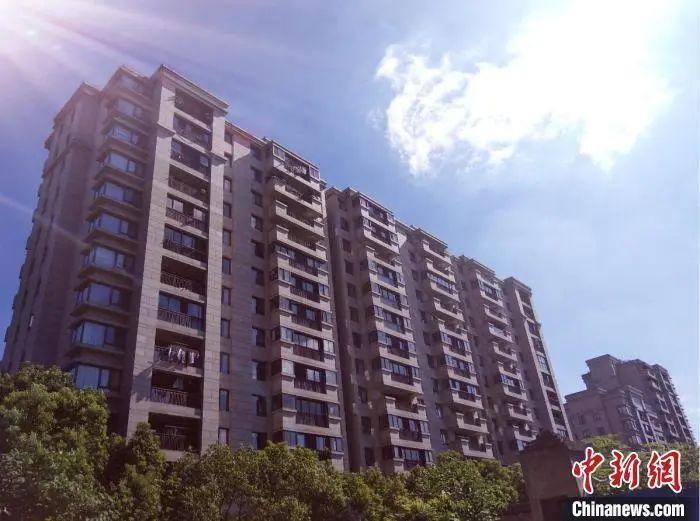 资料图:杭州某住宅楼。郭其钰 摄
