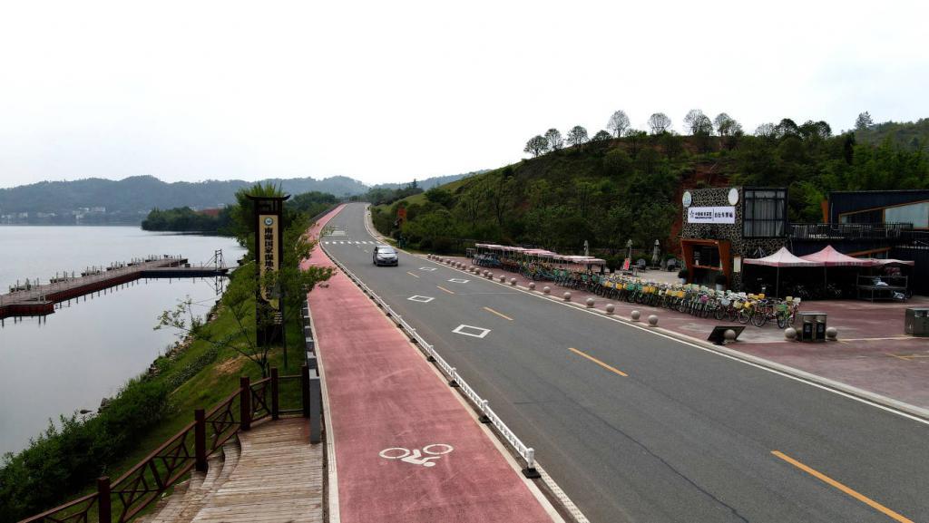 """一路""""暖服务"""" 江西普通公路服务区有了导航指引"""