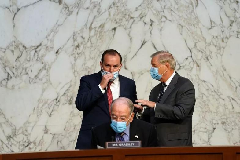 【彩乐园3进入12dsncom】_美议员确诊第10天摘口罩在大法官听证会上发言 记者:无语了