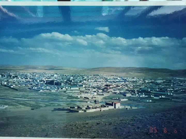 1995年那曲县城全貌