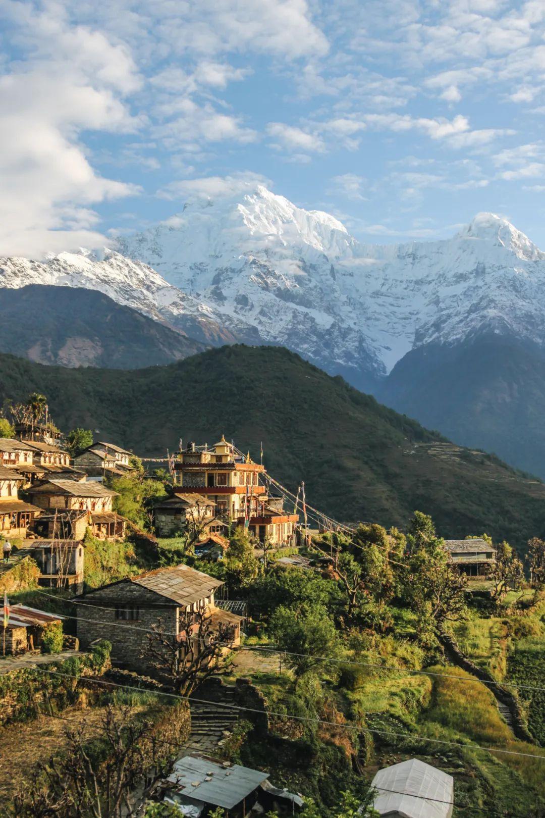 📍尼泊尔 Photo   Unsplash@Giuseppe Mondì