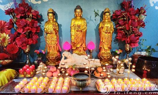 天津莲宗寺供奉的佛像(图片来源:凤凰网佛教 摄影:摄影:李颖)