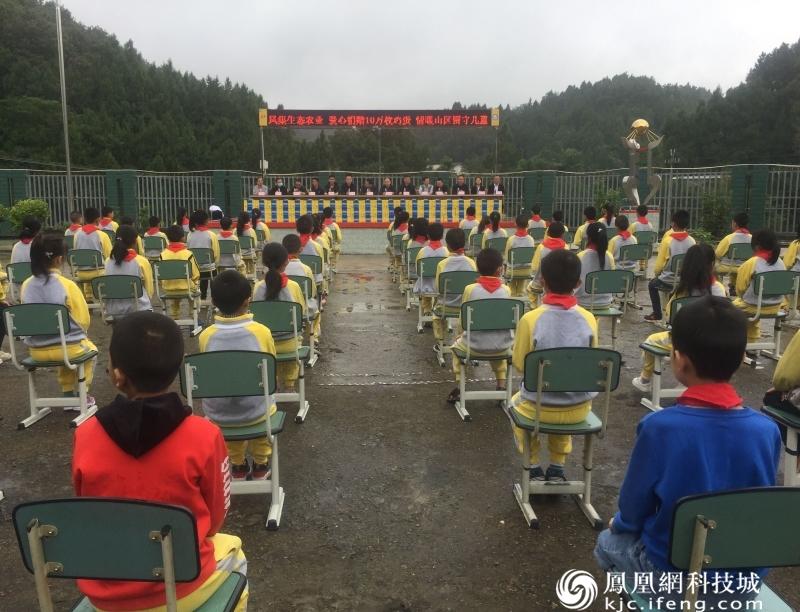 盐亭情系山区留守儿童 爱心企业捐赠10万枚鸡蛋