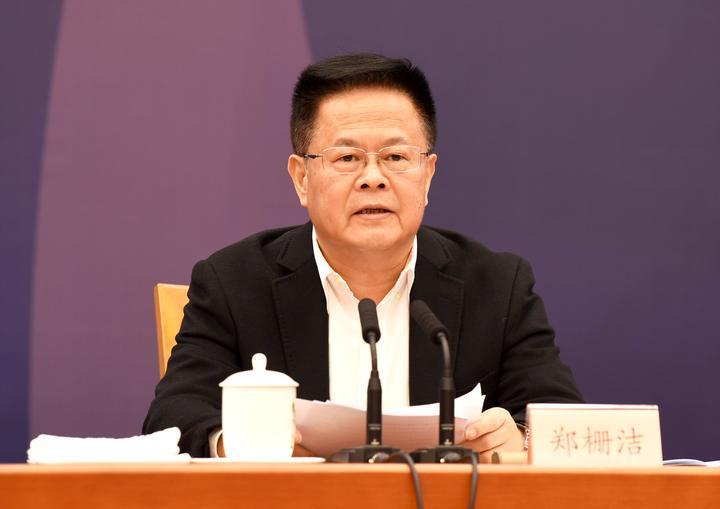 郑栅洁:举全省之力推动之江实验室创新发展