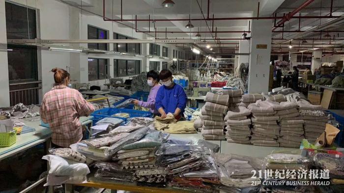 (图说:大量中国工厂在内贸平台接到来自印度的订单 受访对象提供)