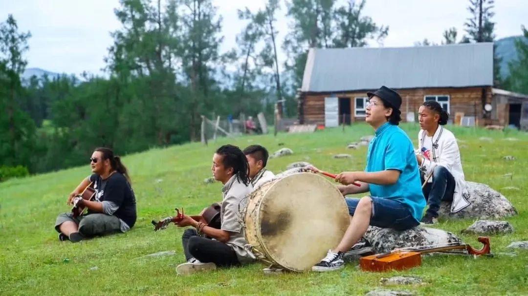 《【摩登登陆】西北第一村——新疆白哈巴,美得不输北欧》