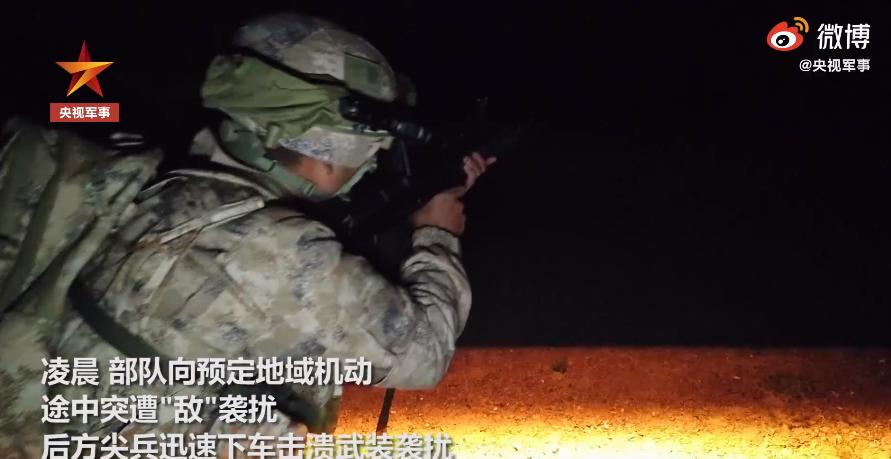 西藏军区换装新型精确步枪 提升800米内精准打击能力(图8)