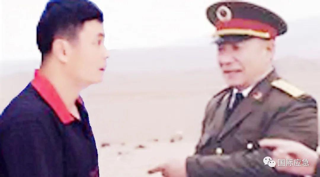 """1952年,志愿军27军党委向全军宣传了迟浩田同志的先进事迹,称赞其为""""军政双全的干部""""↓"""
