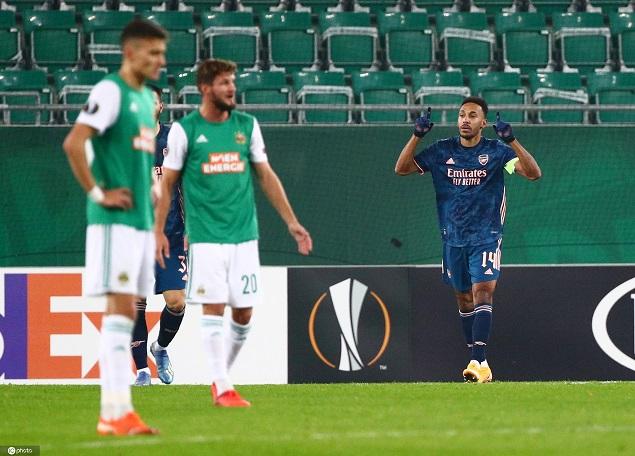 欧联:莱诺送礼奥巴梅扬制胜球,阿森纳客场2-1逆转维也纳