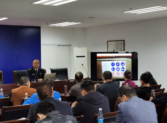北川羌族自治县市场监督管理局召开2020年全县电梯维保单位、电梯使用单位监管工作会议