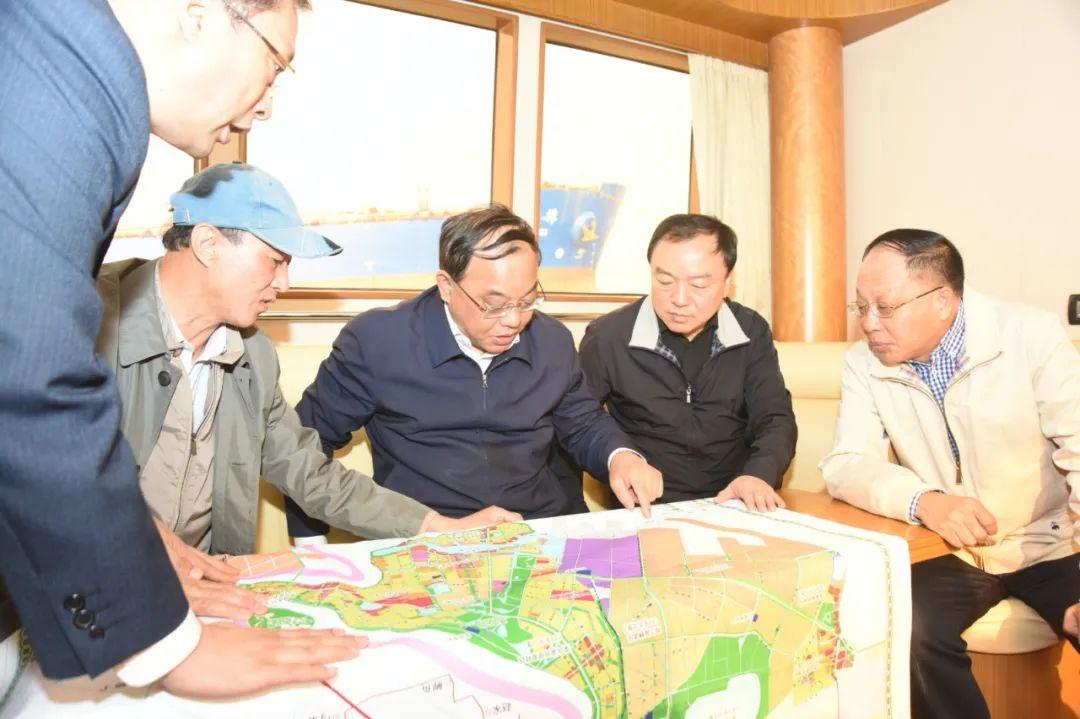 盘锦市市长汤方栋巡视大辽河水域岸线管理及综合整治情况