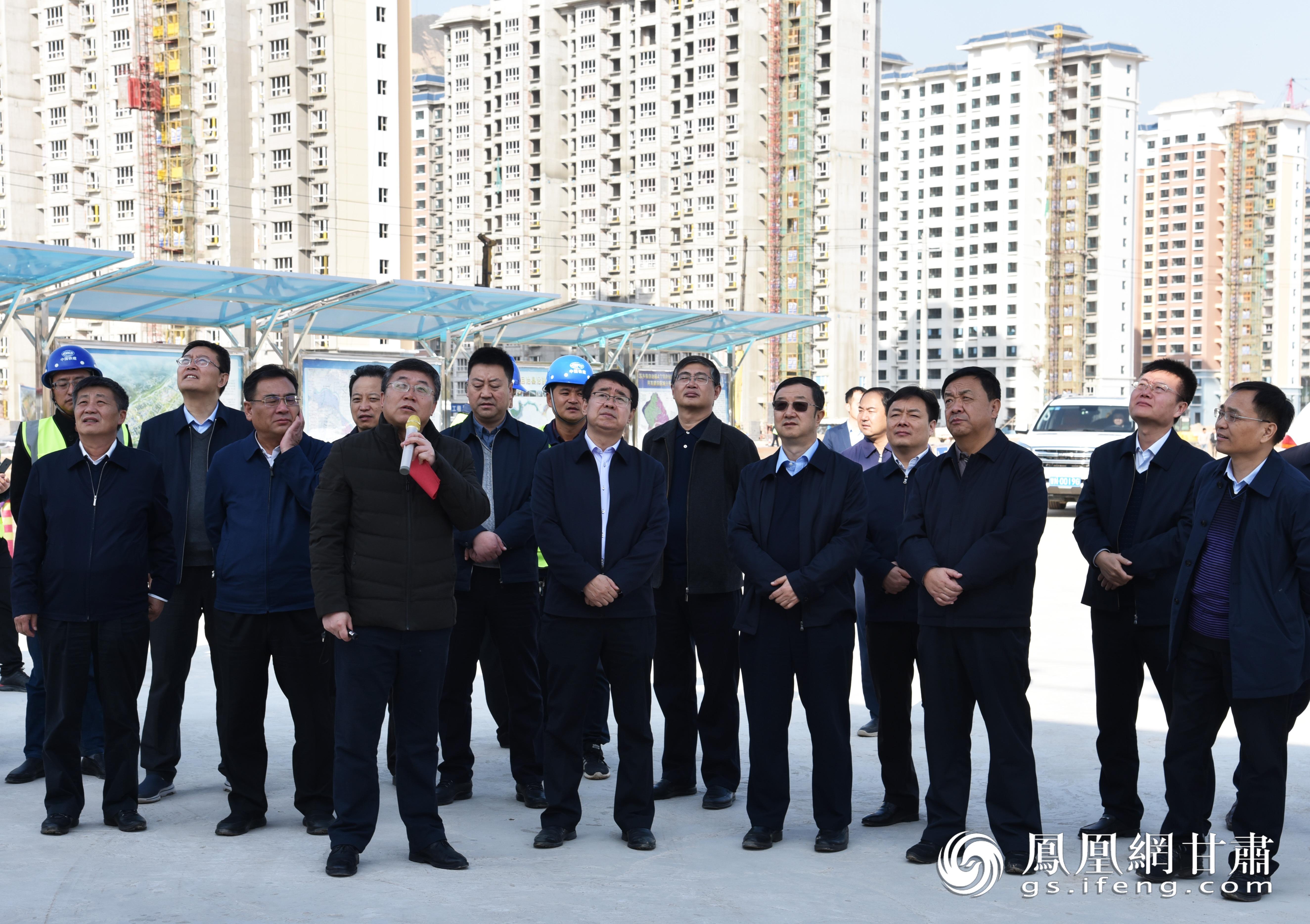 中国铁建股份有限公司党委常委、副总裁李宁一行深入项目一线调研