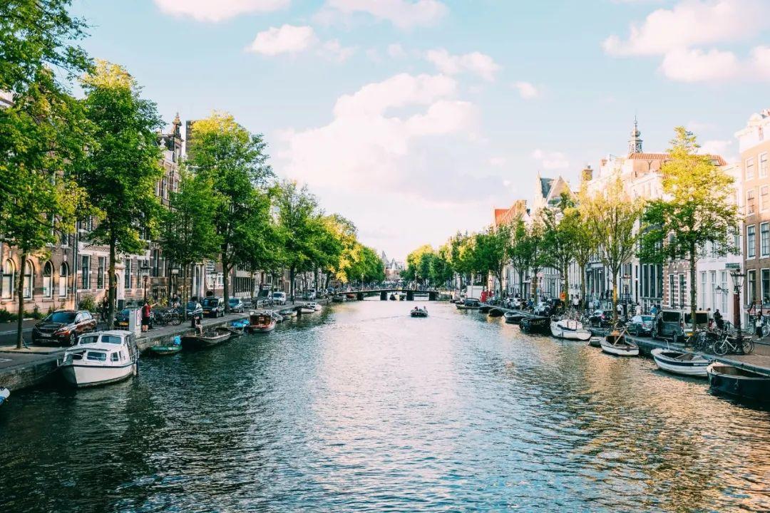 △ 荷兰的运河/unsplash