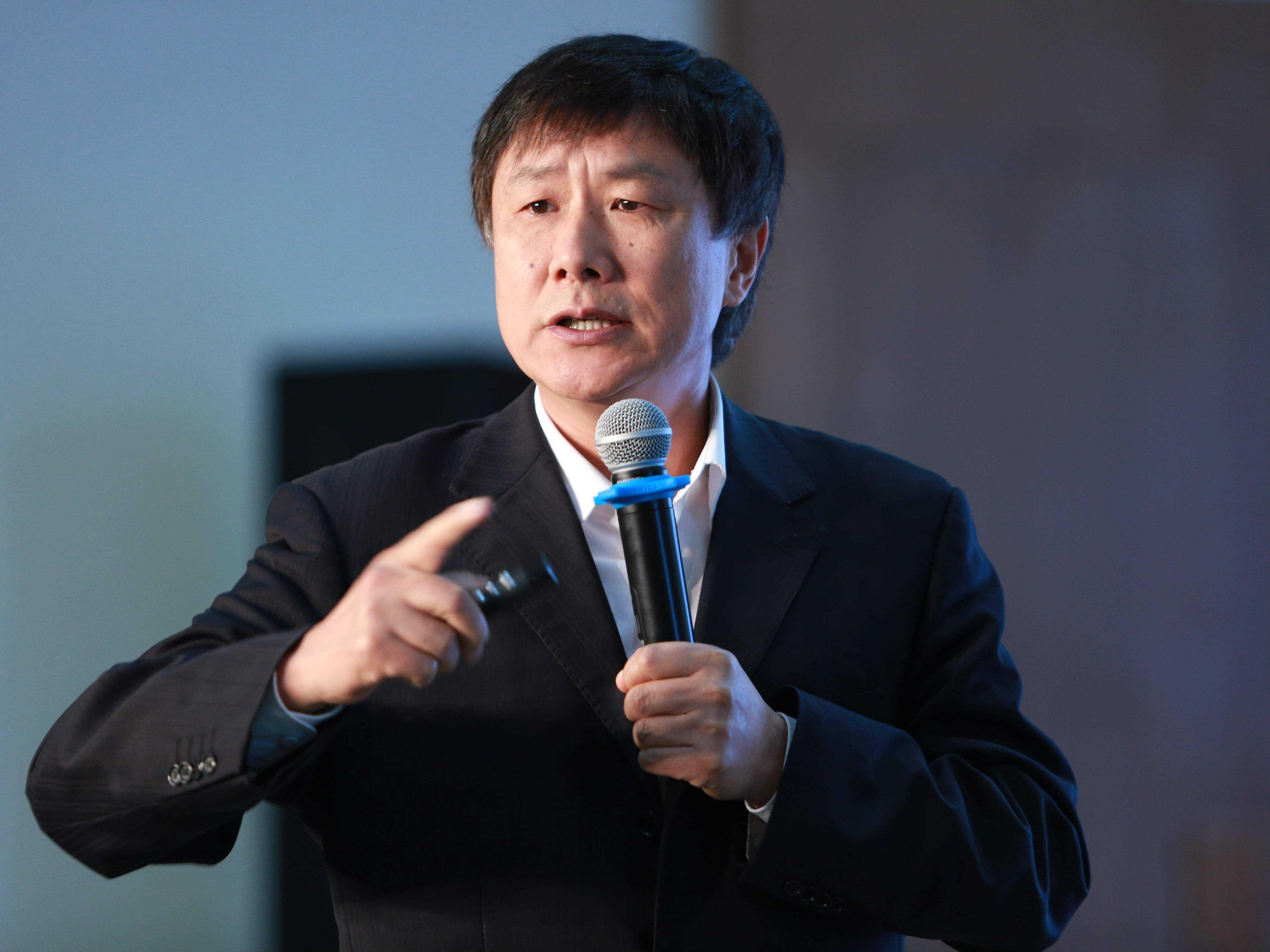 中国国际经济交流中心首席研究员张燕生
