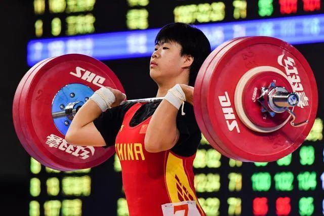 全国女子举重锦标赛于10月16日至19日在湖南邵阳举行。