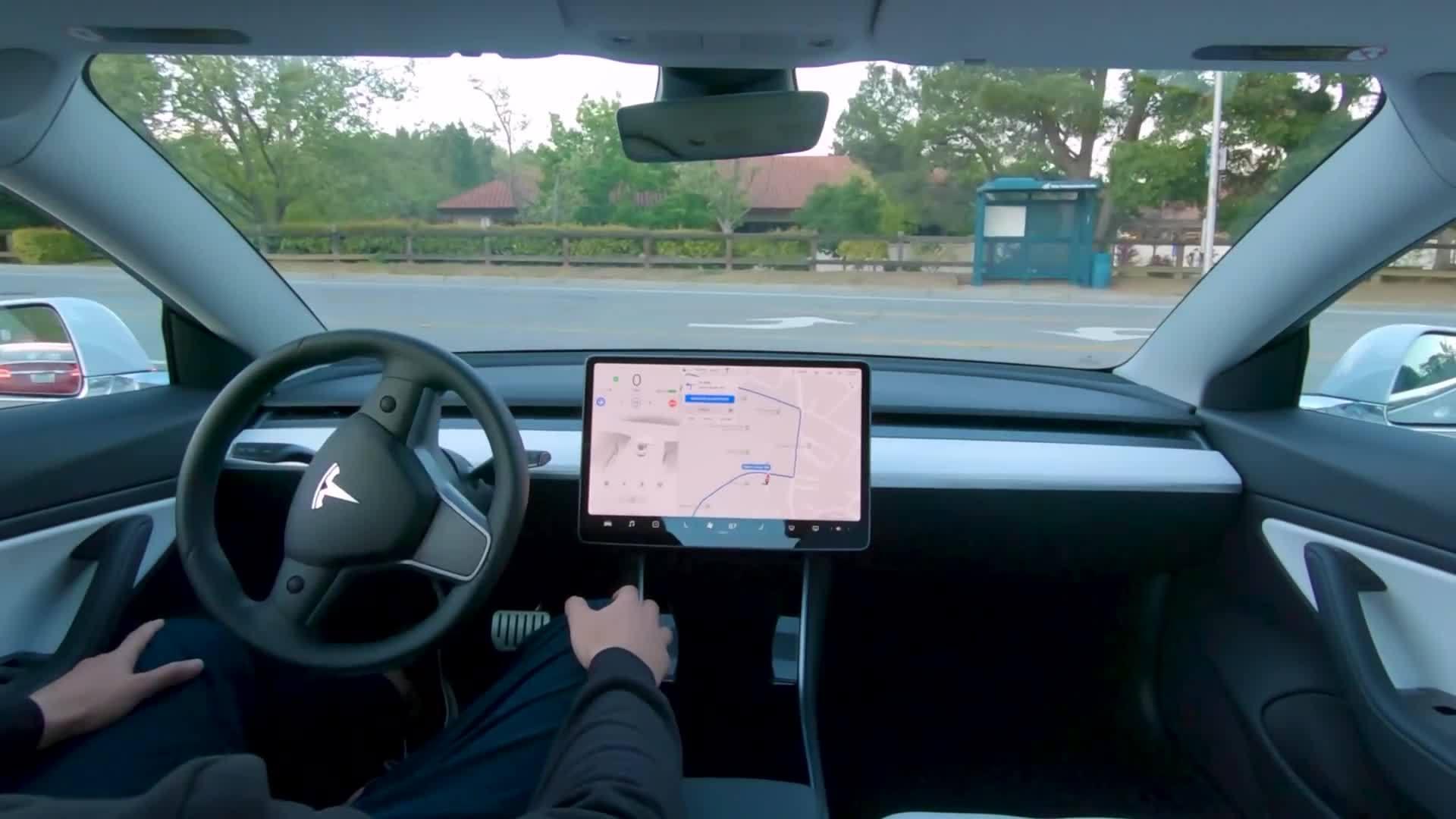 特斯拉自动驾驶