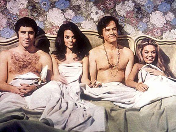 《鲍勃、卡罗尔、特德和爱丽丝》