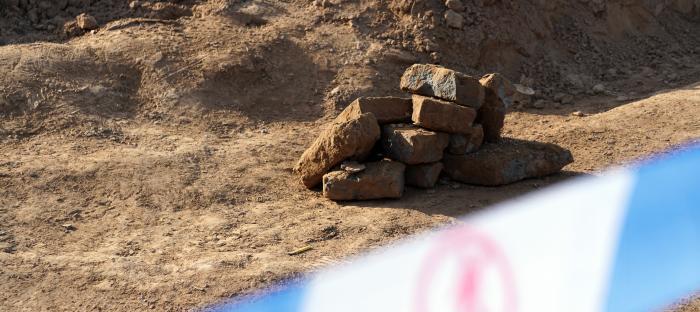 【比特币中国】_甘肃天水修路挖毁古墓,媒体:绝不能让历史文物损毁在推土机下
