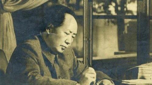 金日成请求中国出兵朝鲜,毛泽东因此一个星期没刮胡子