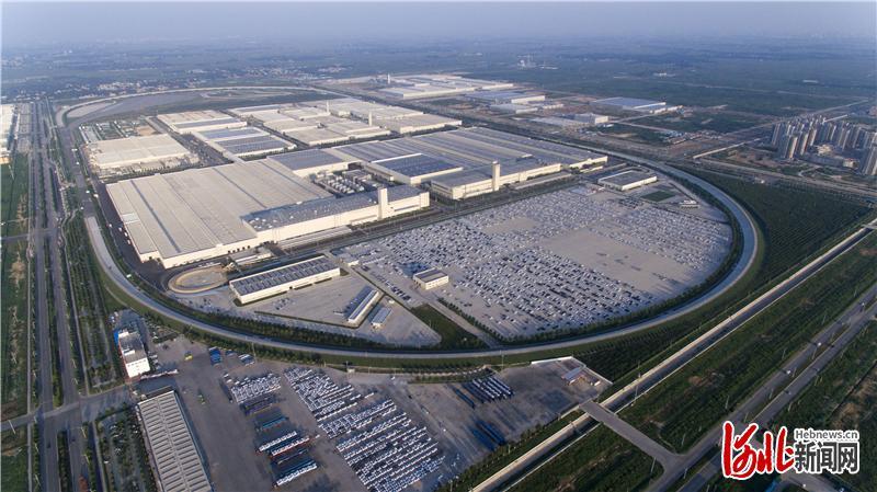 图为空中俯瞰的长城汽车徐水分公司。通讯员闫东利摄