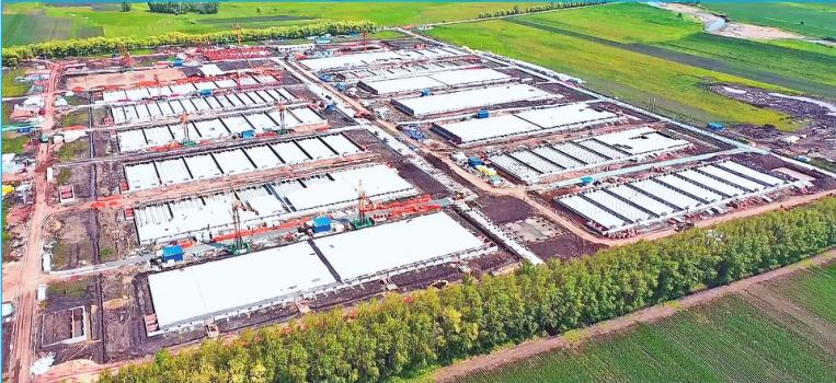 牧原200万头生猪养殖加工项目建设现场。 姚建平摄