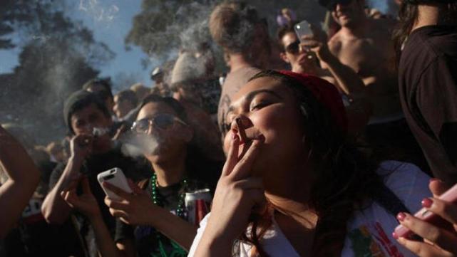 【比特币听证会】_吸毒比新冠重要?美国向全国范围内放松毒品管制迈出重要一步