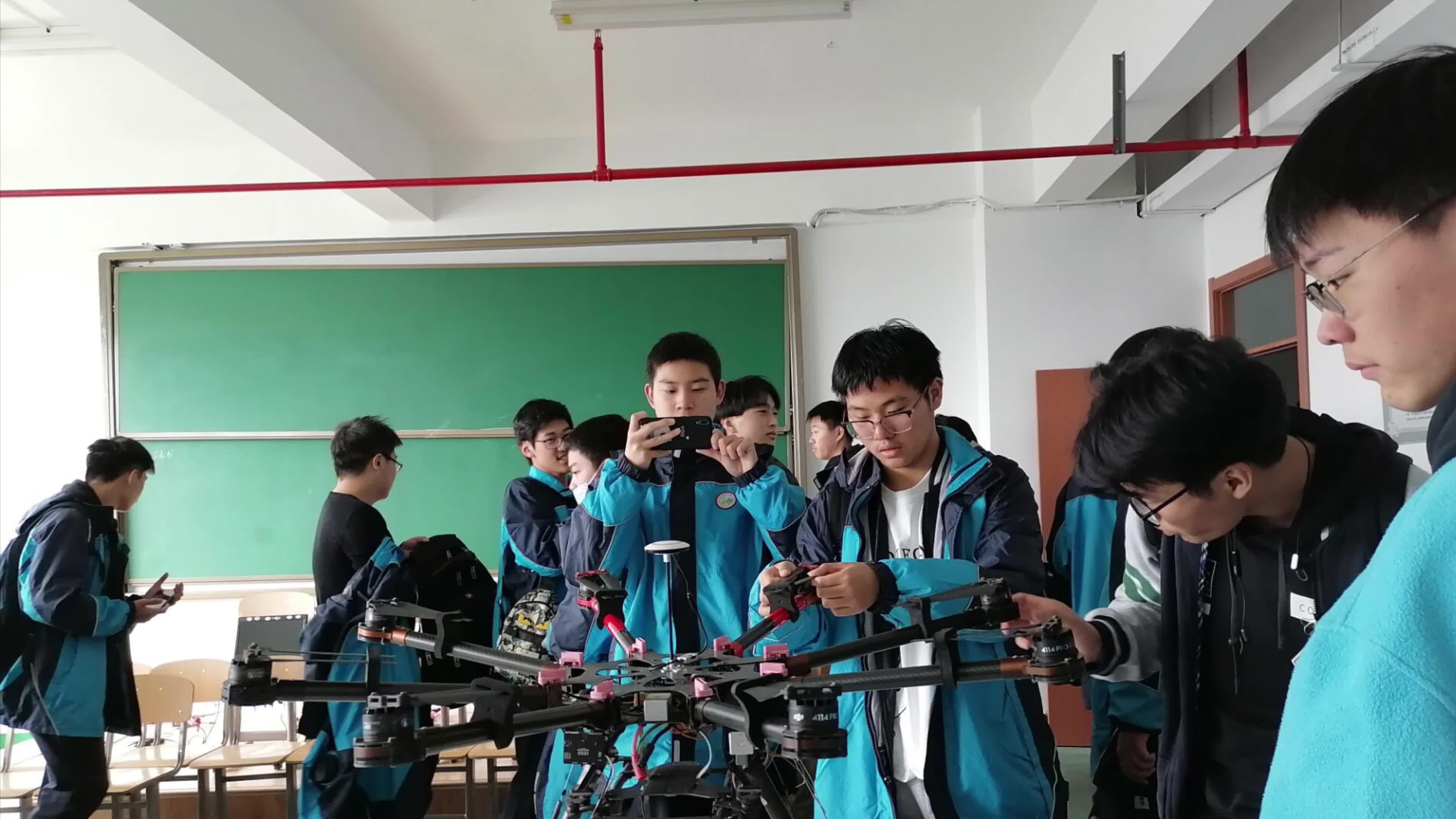 120 江苏联合职业技术学院 计算机网络无人机 徐瑞