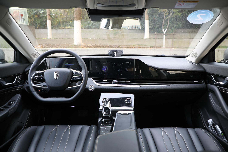 全新第三代奔腾B70下线 预售价10.99-14.99万元