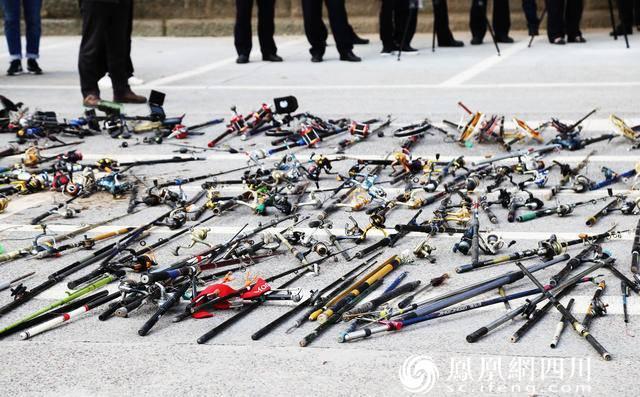 江阳区集中销毁非法捕捞器具604件 增殖放流鱼苗280斤