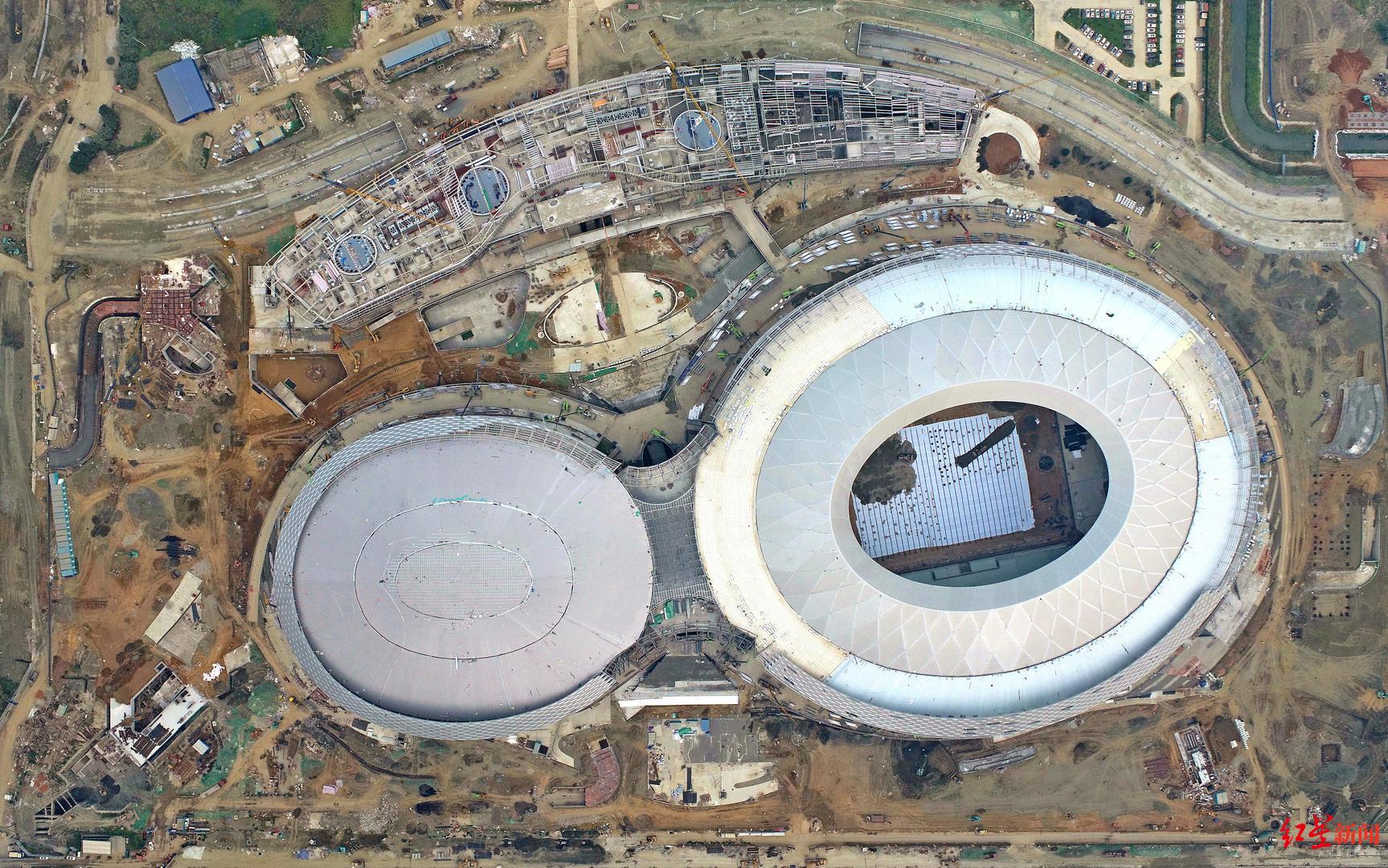 ▲成都凤凰山体育公园最新航拍图