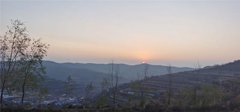 庄浪梯田,冬日里最美的曲线