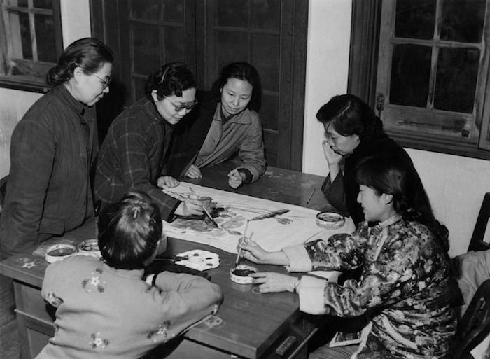 1960年代女画师在老画院画画
